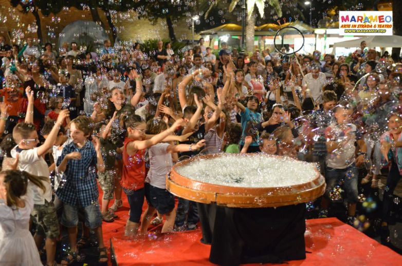 Marameo & le 1000 Bolle di Sapone